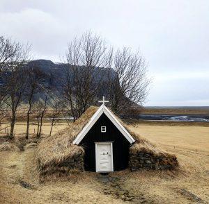 Nupsstadur, petite Eglise