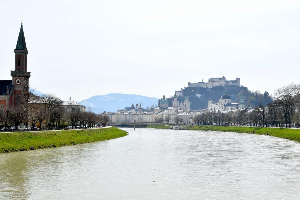 Vue sur la forteresse de Hohensalzburg